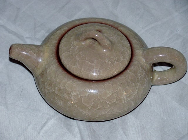 Ice crack glazed teapot.JPG