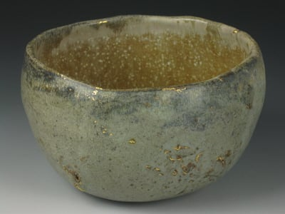 JohnBaymore-PotteryCapitalCeramicsMuseum-GoldFlecked-1.jpg