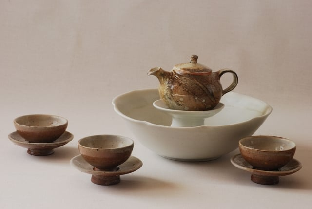 tea set web.jpg